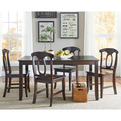 Standard Lowell Table With Four Chairs